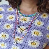 BUBBLES by Moner 🌼  Penjolls dissenyats per animar els teus looks. Complementa la teva vestimenta estiuenca amb els #accessoris de moda.   Podem personalitzar-los al teu gust! ✨  Pedres naturals i plata 925 banyada en or 18kt.  #JoieriaMoner #BubblesByMoner