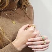 Joyas de plata que serán un must have en tu joyero 💝 ¡Imprescindibles para combinar con tus looks diarios!  Shop online 👉 joieriamoner.com  #JoieriaMoner