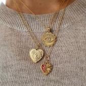 S'acosta Sant Valentí i arriba el moment de tenir un petit detall. 🤩  Troba el regal perfecte pel dia dels enamorats ❣ ¹ #JoieriaMoner #SantValenti #aboutlove #joies #rellotges #regals #14defebrero