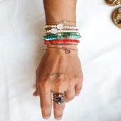 Com combinar joies de plata amb joies d'or ✨   Inspira't amb les propostes que hem preparat especialment per a tu!   Aprofita el 15% de descompte 💥 Codi: SALES  #JoieriaMoner #MixandMatch